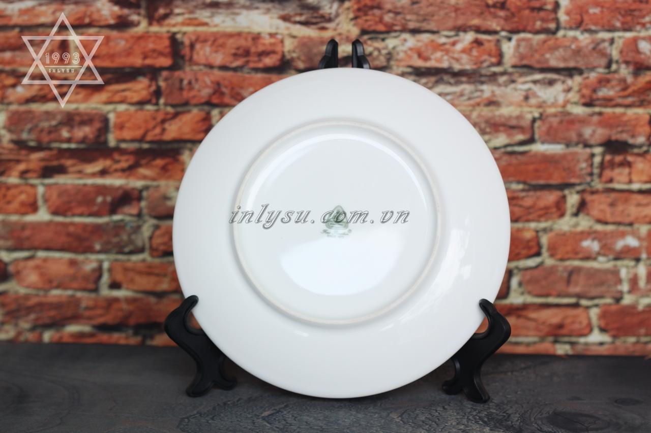 in đĩa sứ mặt trăng- Minh Long