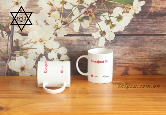 Các nhãn hàng thi nhau sử dụng ly sứ làm quà tặng để quảng bá thương hiệu của mình.