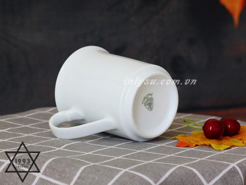 Ly sứ trắng Minh Long miệng loe là lựa chọn hàng đầu cho doanh nghiệp thích độc và lạ.