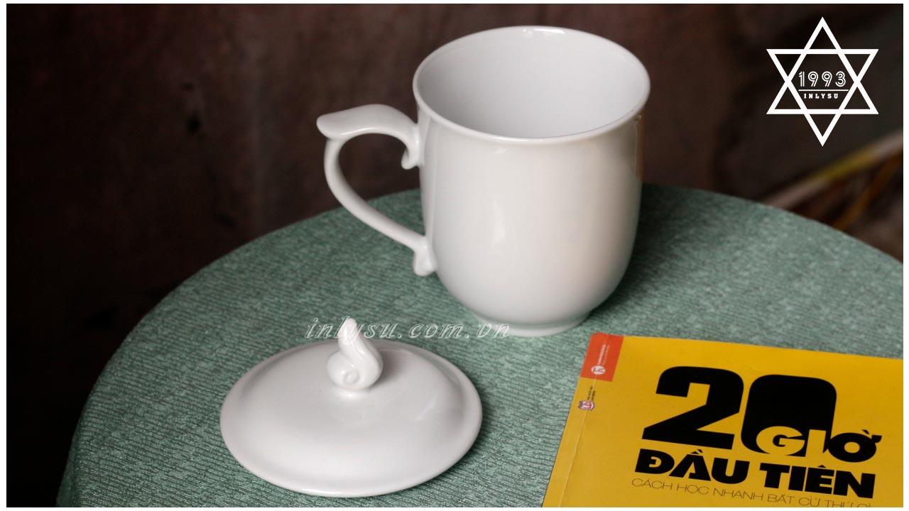 Ca trà trắng có nắp 0.3L Minh Long